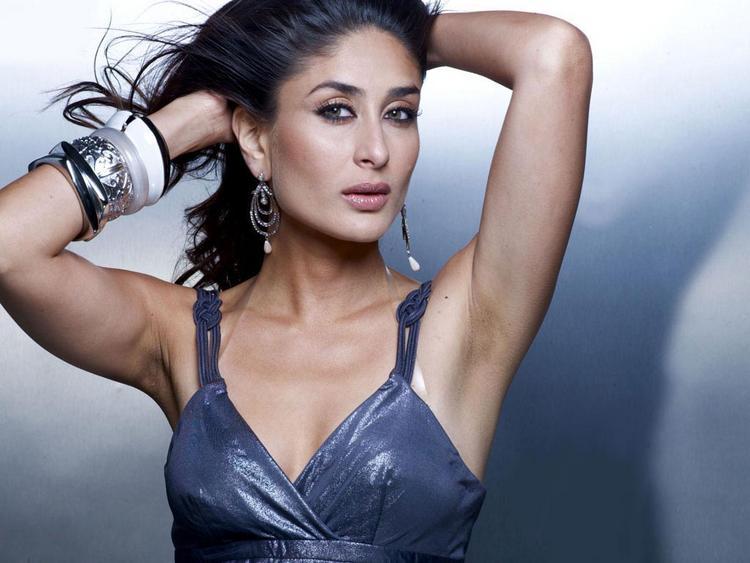Kareena Kapoor Sexy and Shiny Look Pic