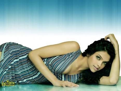 Deepika Padukone Best Pic On Sleeping Mode