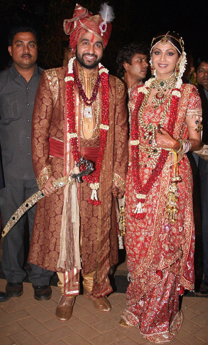 Shilpa Shetty With Raj Kundra Wedding Pics