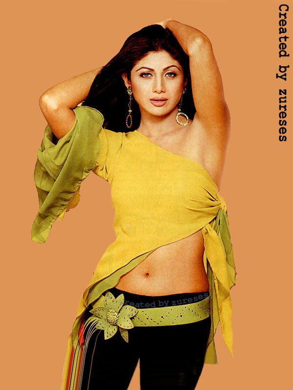 Shilpa Shetty Sexy Navel Show Wallpaper