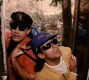 Aamir Khan and Salman In Andaz Apna Apna