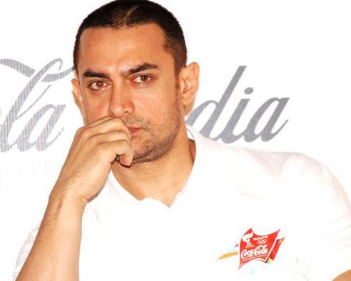 Aamir Khan Hot Look In White T Shirt