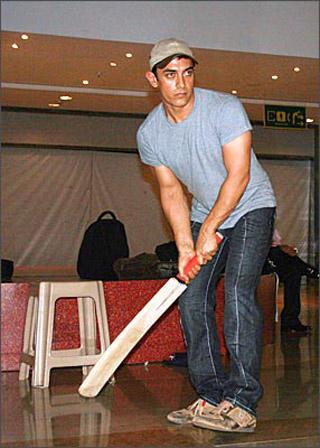 Super Star Aamir Khan Bating Still