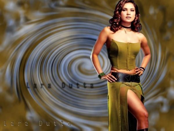 Lara Dutta Hot Pose Wallpaper
