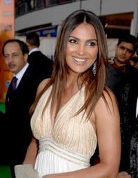 Lara Dutta Sweet Smile Pic
