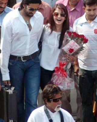 Abhishek Bachchan and Aishwarya Sweetest Still