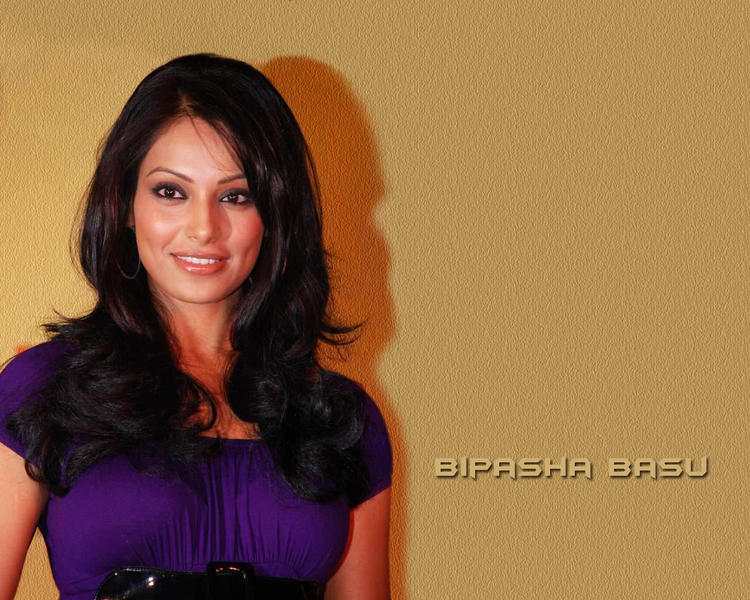 Bipasha Basu In Purple Dress And Wet Lips At Event