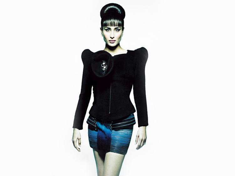 Kareena Kapoor Stylist Dress Hot Look Wallpaper