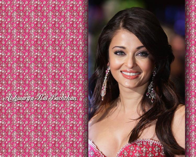 Sweet Smile Babe Aishwarya Rai Wallpaper
