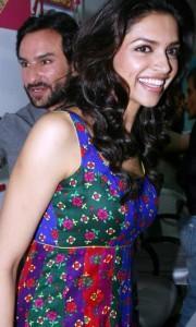Deepika Padukone and Saif at Love Aaj Kal Music Launch