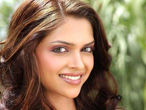 Deepika Padukone Stunning Hair Sweet Beauty face Still