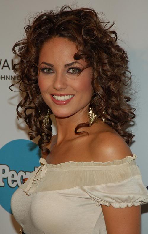 Barbara Mori Looking Beautiful In Curly Hair Cut