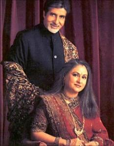 Best Couple Amitabh Bachchan and Jaya Poses To Photoshoot