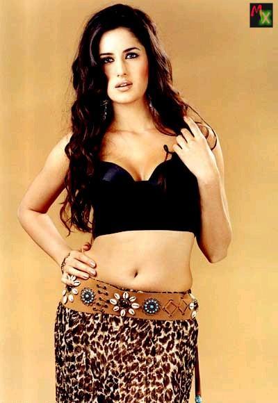 Katrina Kaif Spicy Hot Navel Exposing Still
