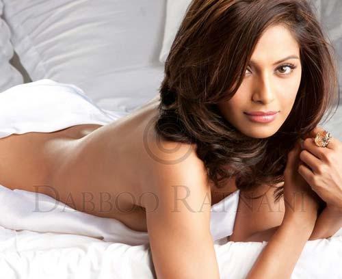 Bipasha Basu Without Dress Hot Photo Shoot