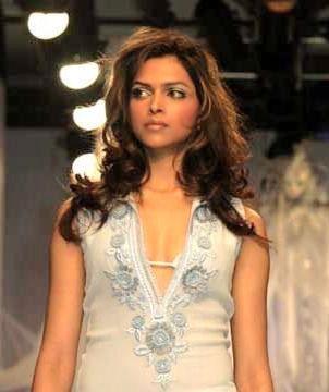 Deepika Padukone Glamour Pic