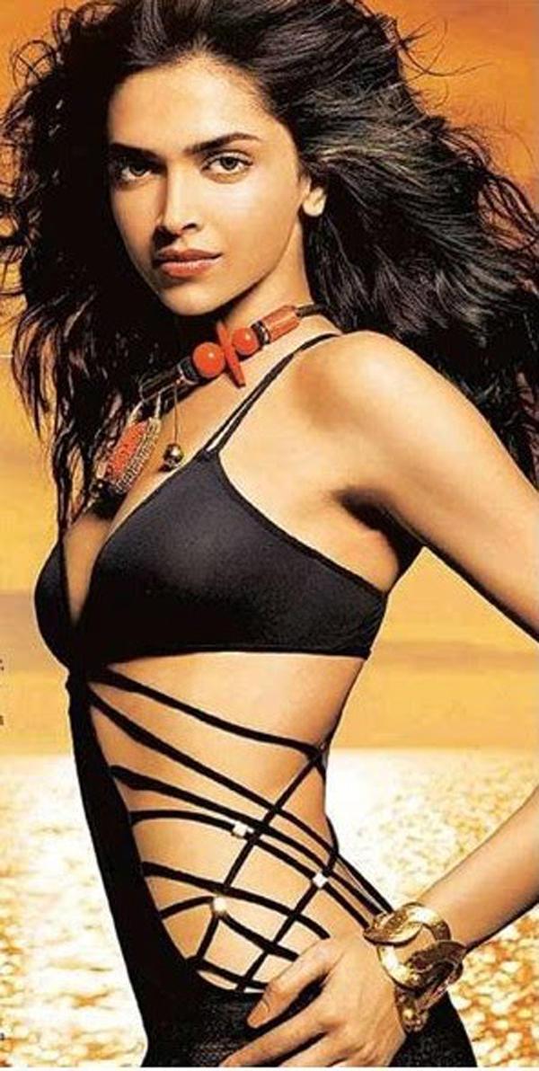 Deepika Padukone Sexy Swimsuit Dress Pic