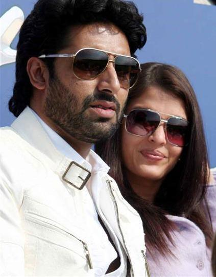 Abhishek Bachchan and Aishwarya Stunning Pic at IIFA