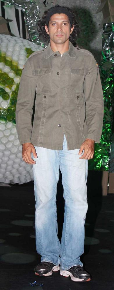 Farhan Akhtar Spotted at NDTV Toyota Greenathon 4