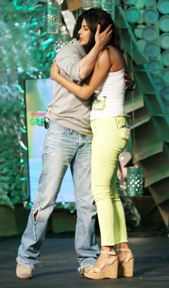 Shahrukh and Priyanka at NDTV Greenathon 4 Event