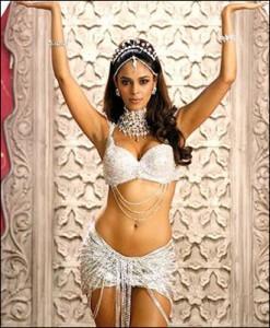 Mallika Sherawat Sexy Dress Hot Pic