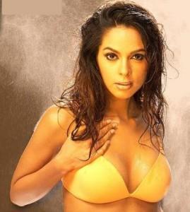 Sexclusive Mallika Sherawat Still