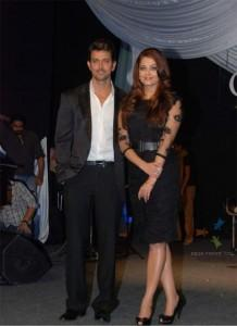 Hrithik Roshan and Aish Latest Still