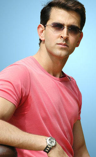 Hrithik Roshan Stylist Look In Pink T Shirt