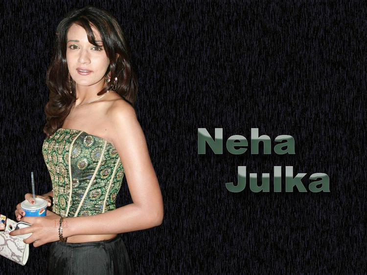 Neha Jhulka Strapless Dress Glamour Look Wallpaper
