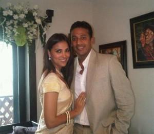 Lara Dutta and Mahesh Sweet Pose For Photo Shoot