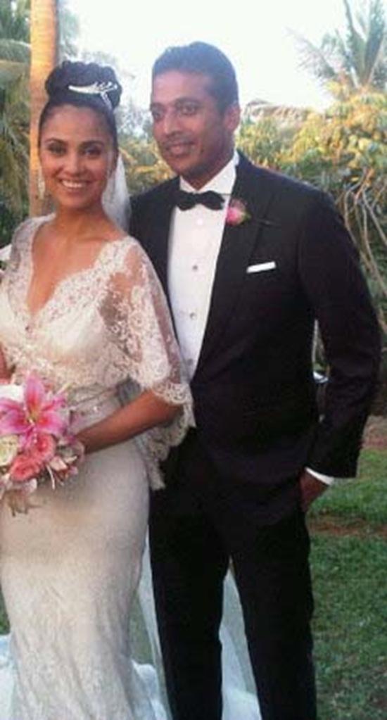 Lara Dutta and Mahesh In Wedding Dress