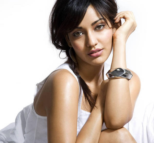 Neha Sharma Attractive Look Wallpaper