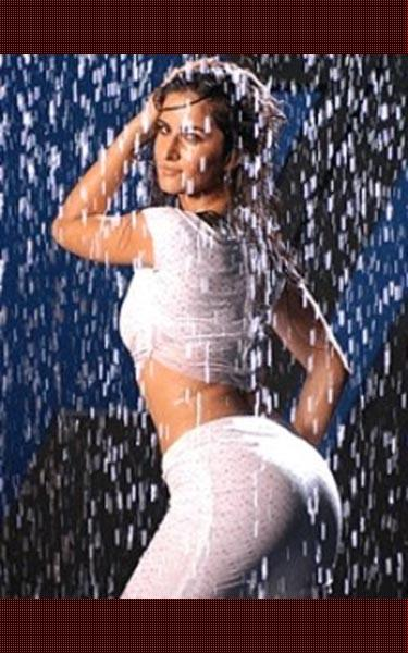 Katrina Kaif Wet Swim Sexy Dance Still