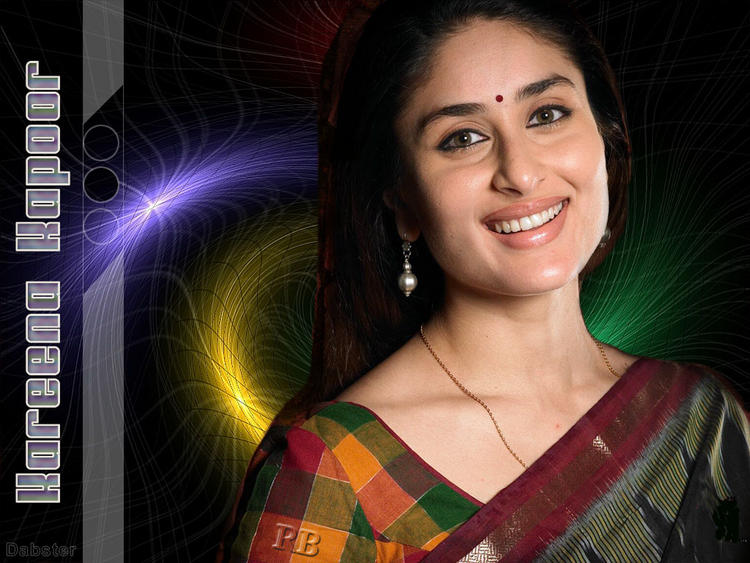 Kareena Kapoor Sweet Smile Pic In Kyon Ki