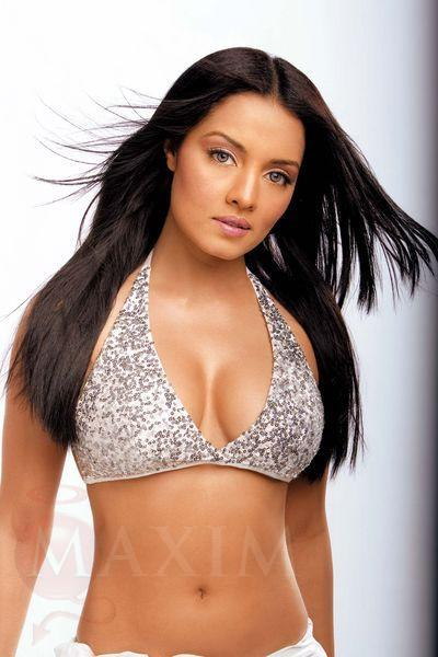 Celina Jaitley Rocking Look Still