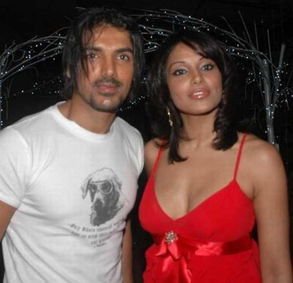 Bipasha Basu and John Glamour Still
