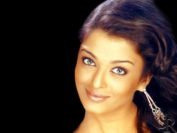Aishwarya Rai Sexy Eyes Look Gorgeous Pic