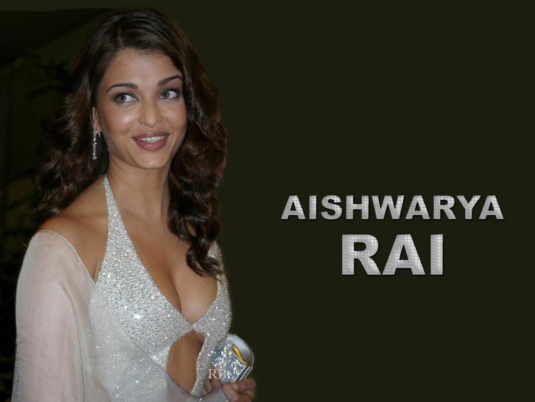 Aishwarya Rai Sweet Wallpaper In Shiny White Dress