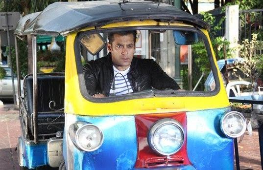 Salman Khan Driving An Auto In Ready