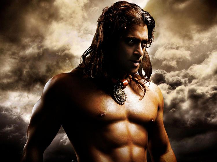 Salman Khan Hot Body Show In Veer