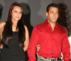 Salman Khan With Sonakshi Sinha Nice Photo