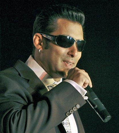 Stylist Salman Khan Cute Lips Pics