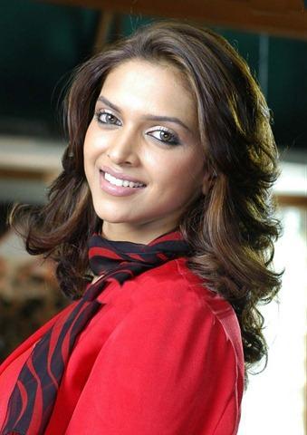 Super Sexy Deepika Padukone Latest Images   Memsaab.com