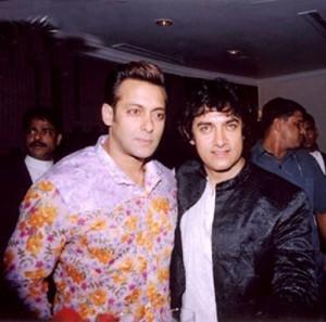 Aamir and Salman  Sweet Gorgeous Pic