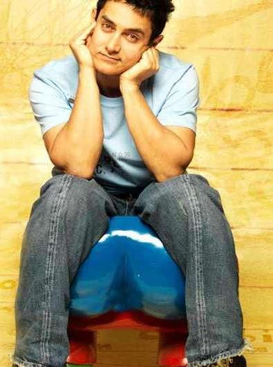 Aamir Khan Latest Cute Still In 3 Idiots