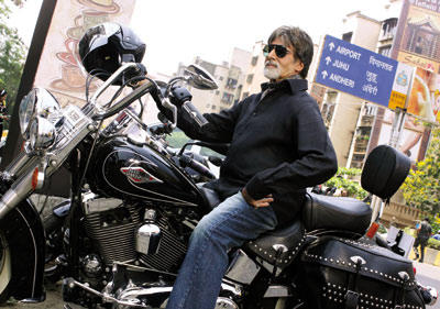 Amitabh Bachchan with Bike in Bbuddah Hoga Terra Baap