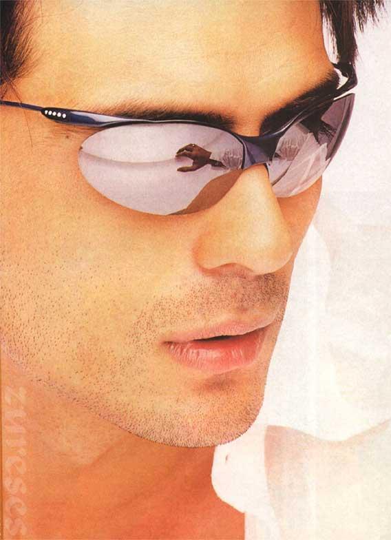 Arjun Rampal Latest Hot Pic Wearing Goggles