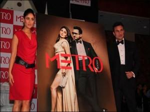 Saif Ali Khan and Kareena Kapoor At Metro