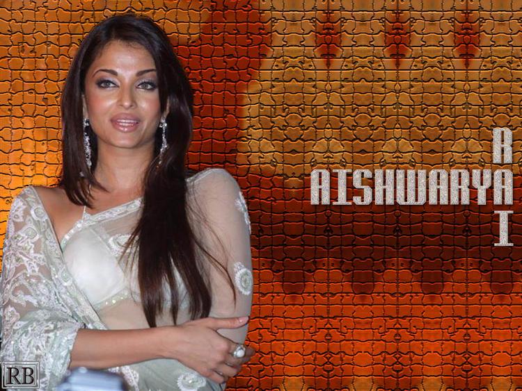 Aishwarya Rai Glamour Wallpaper In Transparent Saree