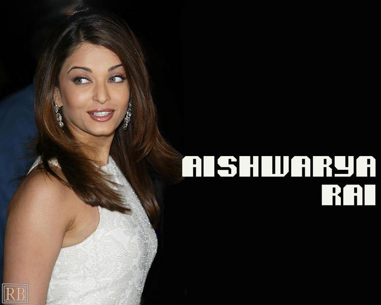 Amazing Actress Aishwarya Rai Wallpaper